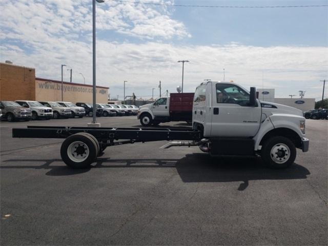 2019 F-650 Regular Cab DRW 4x2,  Cab Chassis #F21177 - photo 8