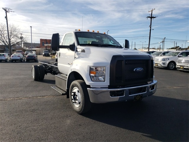 2019 F-650 Regular Cab DRW 4x2,  Cab Chassis #F21343 - photo 3