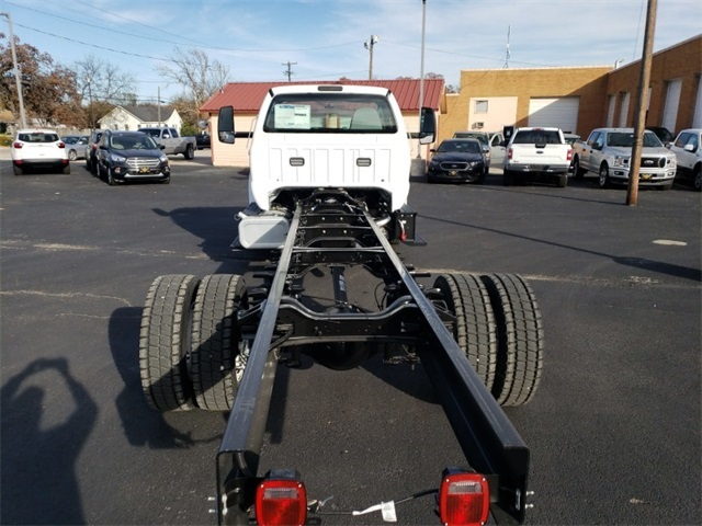 2019 F-650 Regular Cab DRW 4x2,  Cab Chassis #F21343 - photo 18