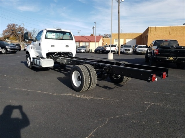 2019 F-650 Regular Cab DRW 4x2,  Cab Chassis #F21343 - photo 2
