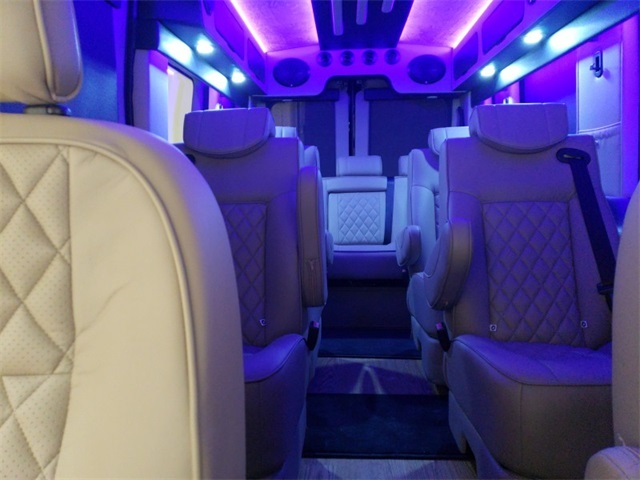 2018 Transit 250 Med Roof 4x2,  Passenger Wagon #F21358 - photo 24