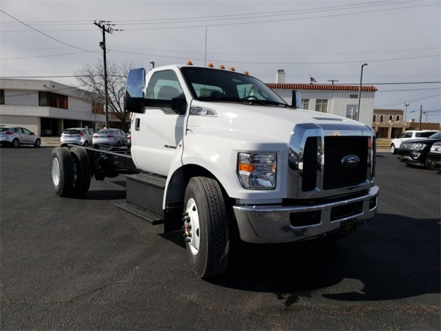2019 F-650 Regular Cab DRW 4x2,  Cab Chassis #F21408 - photo 3