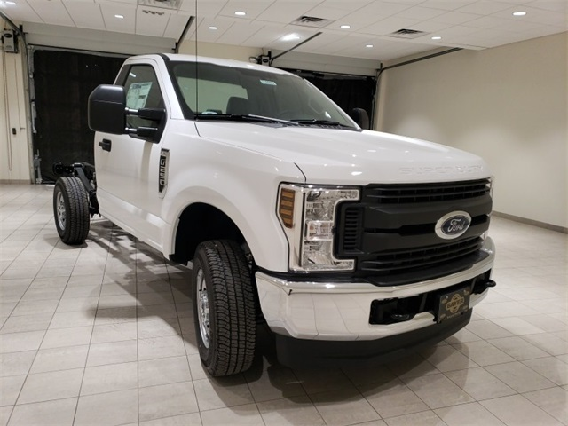 2019 F-250 Regular Cab 4x4,  Cab Chassis #F21533 - photo 3