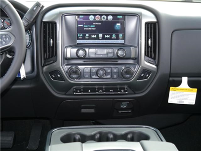 2018 Silverado 1500 Crew Cab 4x4 Pickup #T24696 - photo 6