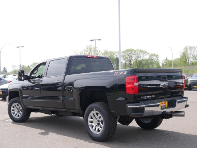 2018 Silverado 2500 Crew Cab 4x4, Pickup #T24732 - photo 2