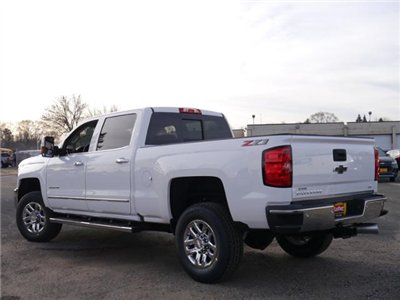 2018 Silverado 3500 Crew Cab 4x4, Pickup #T24756 - photo 2