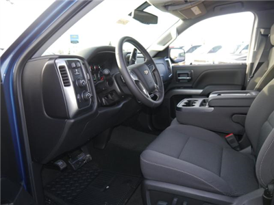 2018 Silverado 1500 Crew Cab 4x4, Pickup #T24789 - photo 3