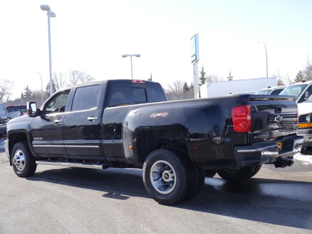 2018 Silverado 3500 Crew Cab 4x4, Pickup #T24906 - photo 2