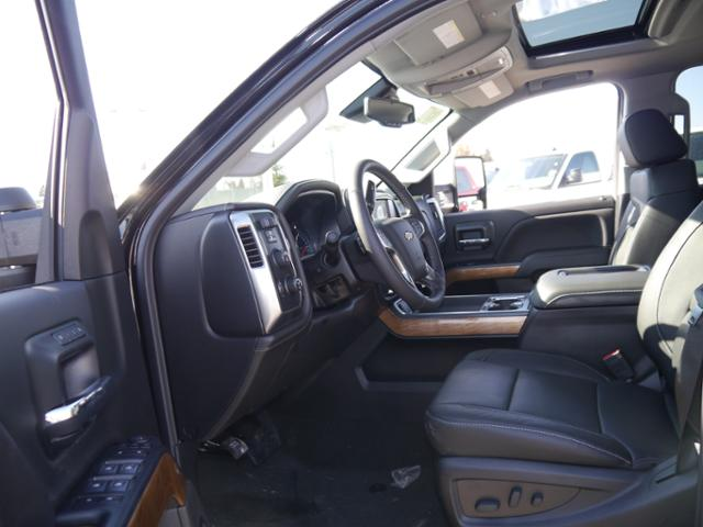 2018 Silverado 3500 Crew Cab 4x4, Pickup #T24906 - photo 3