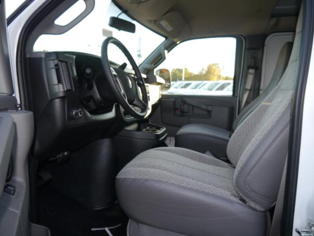 2017 Express 2500 Cargo Van #T5579 - photo 3