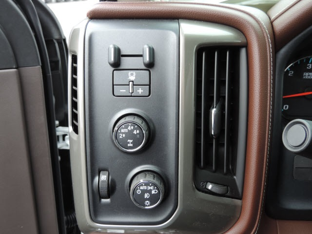 2016 Silverado 1500 Crew Cab 4x4, Pickup #16204 - photo 15