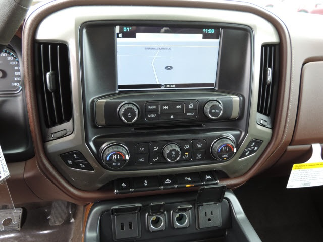 2016 Silverado 1500 Crew Cab 4x4, Pickup #16204 - photo 17