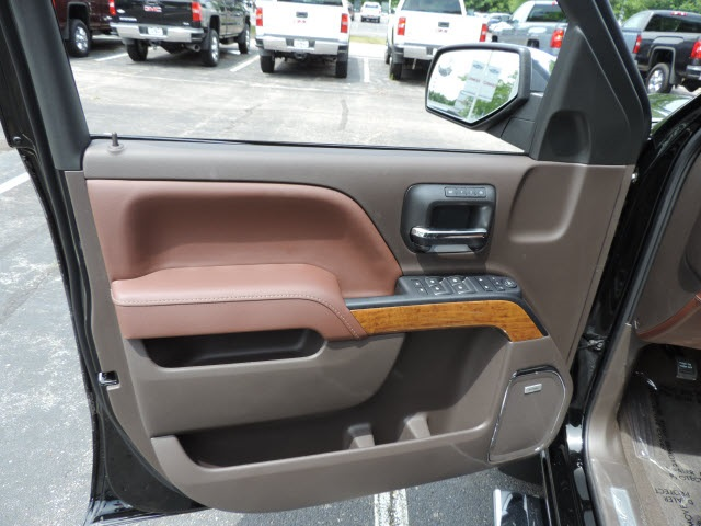 2016 Silverado 1500 Crew Cab 4x4, Pickup #16280 - photo 13