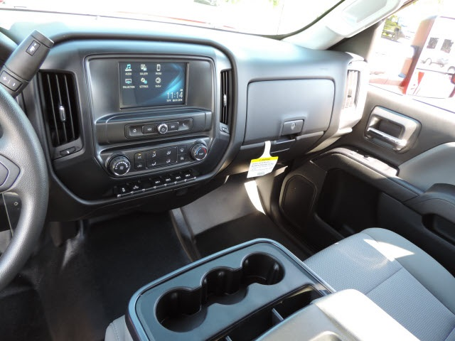 2016 Silverado 2500 Regular Cab, Service Body #16320 - photo 17