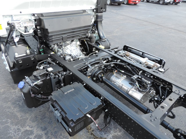 2017 LCF 4500HD Regular Cab, Cab Chassis #17031 - photo 9