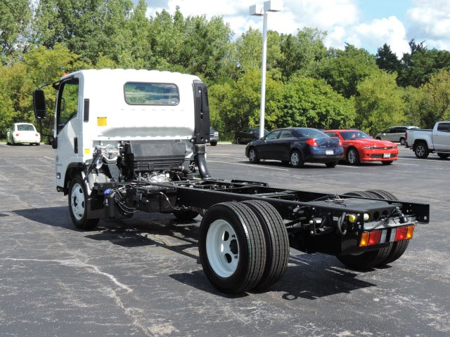 2017 LCF 4500XD Regular Cab Cab Chassis #17033 - photo 2