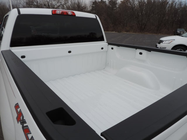 2017 Silverado 1500 Crew Cab 4x4, Pickup #17063 - photo 30