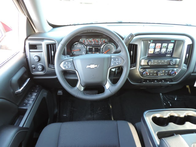 2017 Silverado 1500 Crew Cab 4x4, Pickup #17071 - photo 10