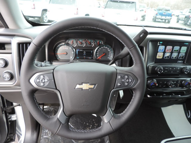 2017 Silverado 1500 Crew Cab 4x4, Pickup #17080 - photo 28