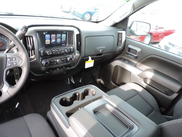 2017 Silverado 1500 Crew Cab 4x4, Pickup #17087 - photo 21