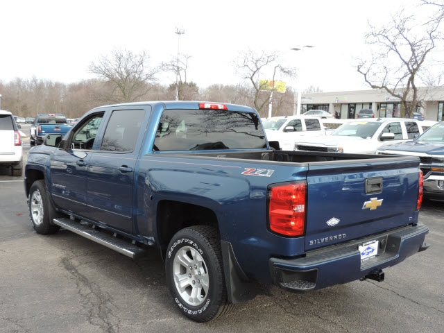 2017 Silverado 1500 Crew Cab 4x4, Pickup #17090 - photo 4