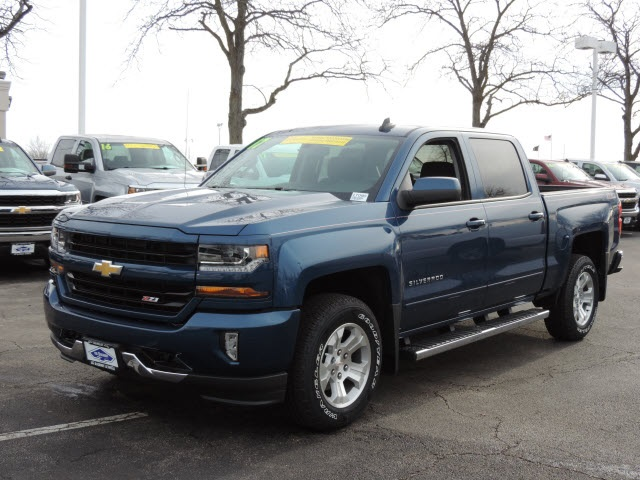 2017 Silverado 1500 Crew Cab 4x4, Pickup #17090 - photo 2