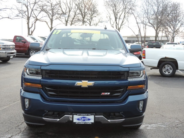 2017 Silverado 1500 Crew Cab 4x4, Pickup #17090 - photo 12