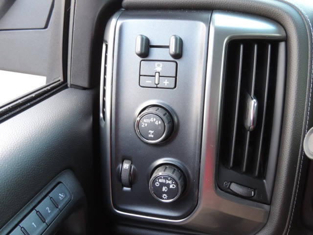 2017 Silverado 1500 Crew Cab 4x4, Pickup #17116 - photo 34