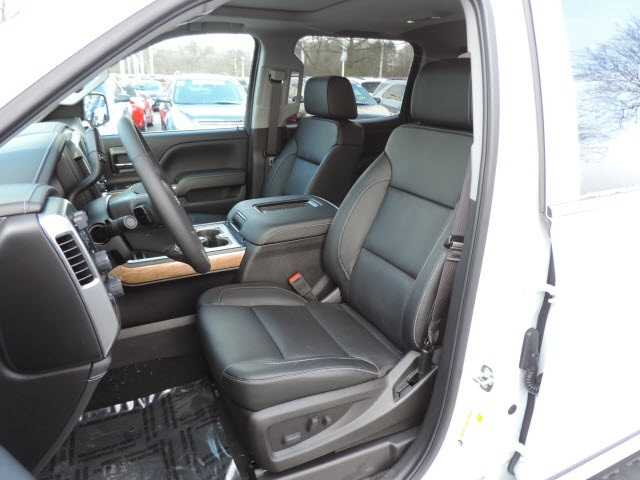 2017 Silverado 1500 Crew Cab 4x4, Pickup #17116 - photo 25