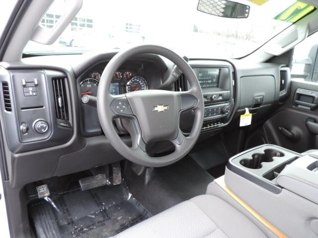 2017 Silverado 3500 Regular Cab, Platform Body #17158 - photo 13