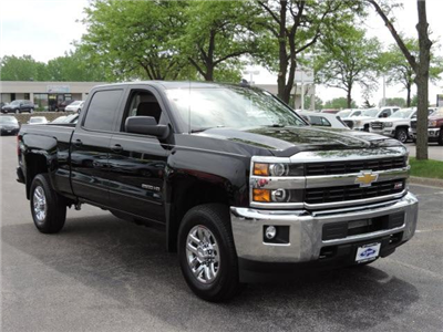2017 Silverado 2500 Crew Cab 4x4 Pickup #17210 - photo 3