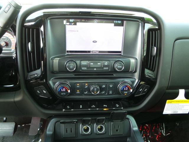 2018 Silverado 1500 Crew Cab 4x4, Pickup #18040 - photo 19