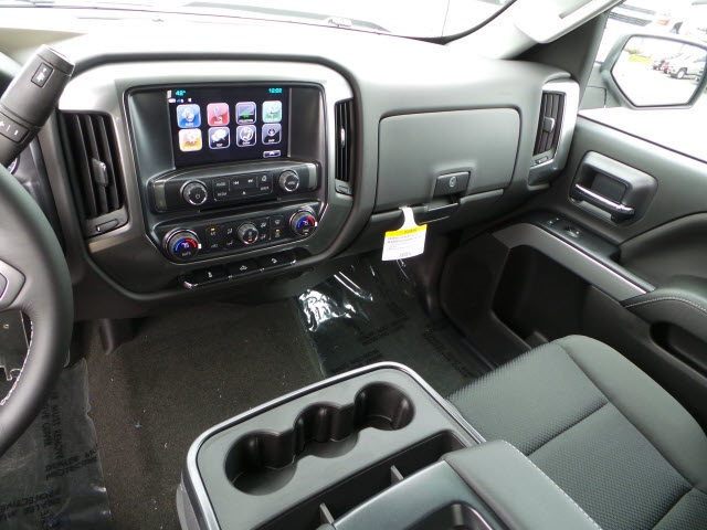 2018 Silverado 2500 Crew Cab 4x4 Pickup #18071 - photo 16