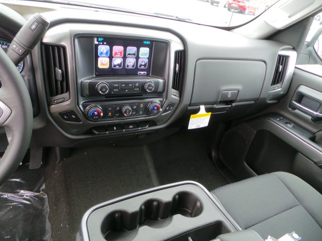2018 Silverado 1500 Crew Cab 4x4 Pickup #18095 - photo 16