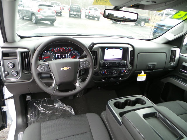 2018 Silverado 1500 Double Cab 4x4, Pickup #18179 - photo 10
