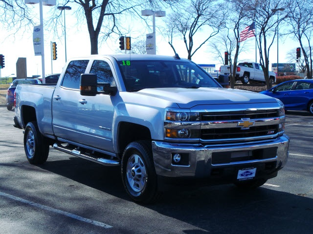 2018 Silverado 2500 Crew Cab 4x4, Pickup #18202 - photo 3