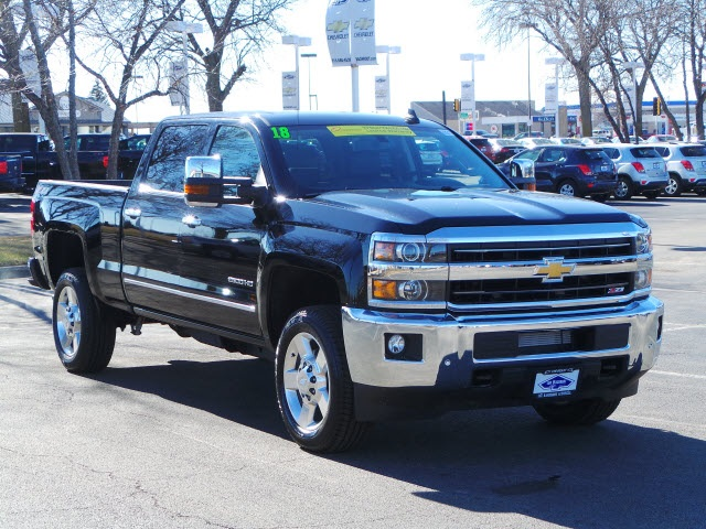 2018 Silverado 2500 Crew Cab 4x4, Pickup #18204 - photo 3