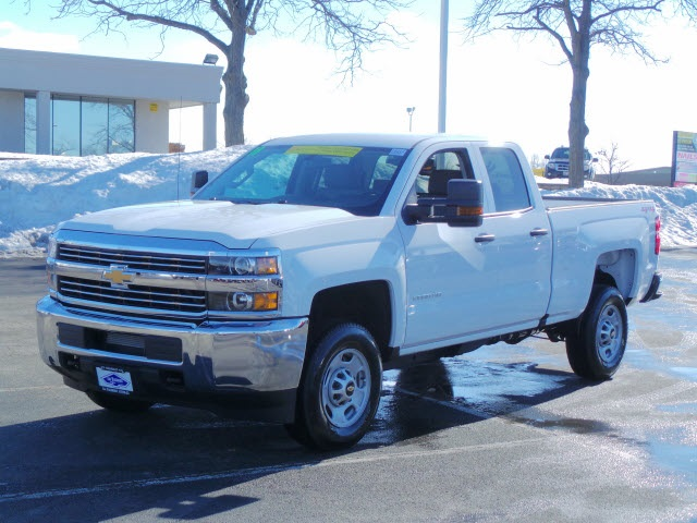 2018 Silverado 2500 Double Cab 4x4, Pickup #18212 - photo 5