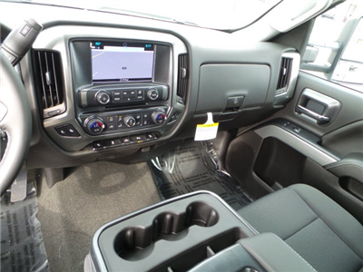 2018 Silverado 2500 Double Cab 4x4, Pickup #18216 - photo 16