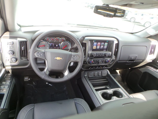 2018 Silverado 1500 Crew Cab 4x4,  Pickup #18222 - photo 10