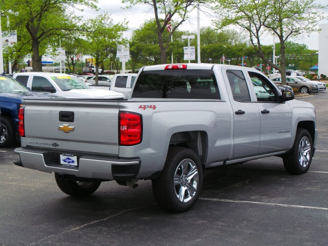 2018 Silverado 1500 Double Cab 4x4, Pickup #18326 - photo 2
