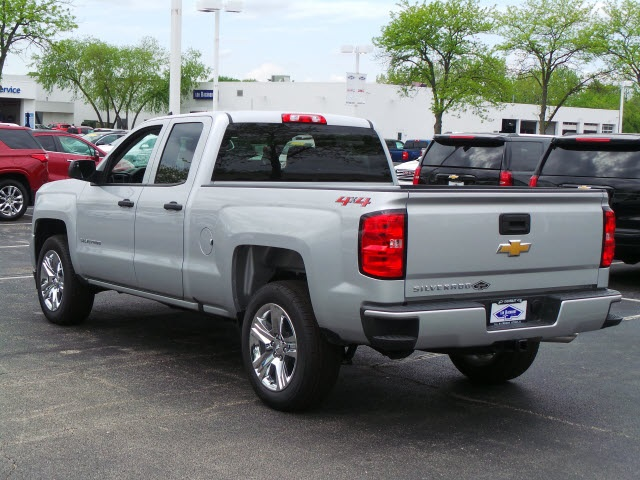 2018 Silverado 1500 Double Cab 4x4, Pickup #18326 - photo 5