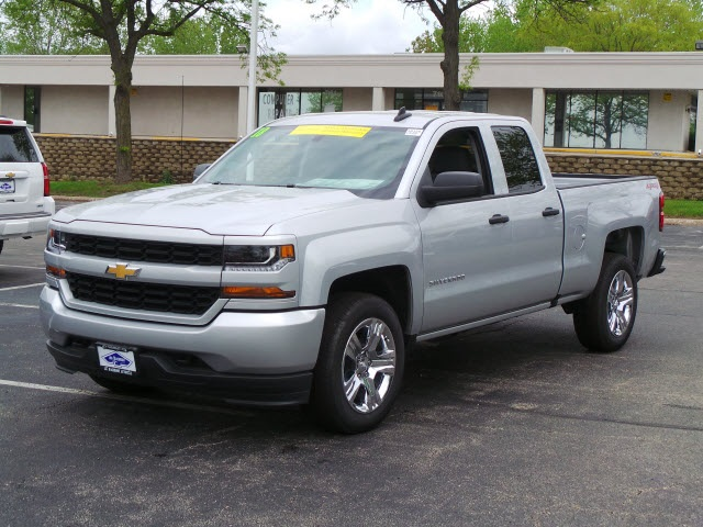 2018 Silverado 1500 Double Cab 4x4, Pickup #18326 - photo 6