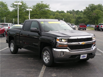 2018 Silverado 1500 Double Cab 4x4,  Pickup #18435 - photo 3