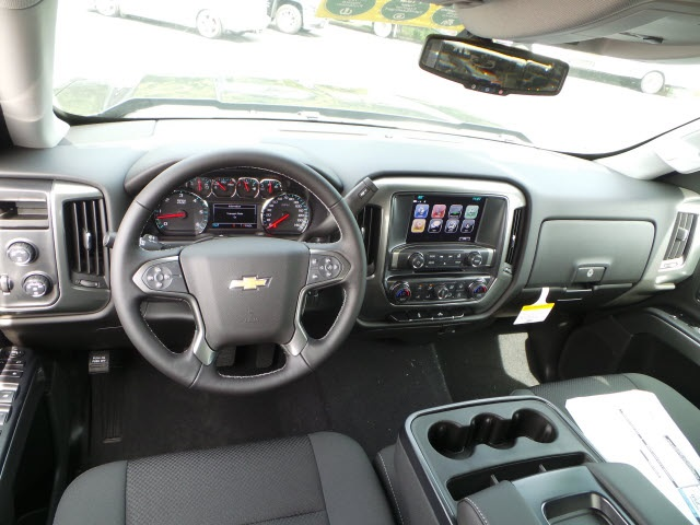 2018 Silverado 1500 Crew Cab 4x4,  Pickup #18487 - photo 11