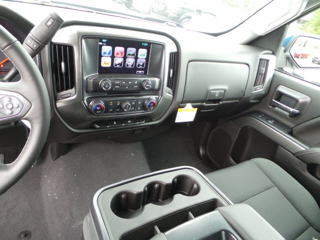 2018 Silverado 1500 Crew Cab 4x4,  Pickup #18489 - photo 17