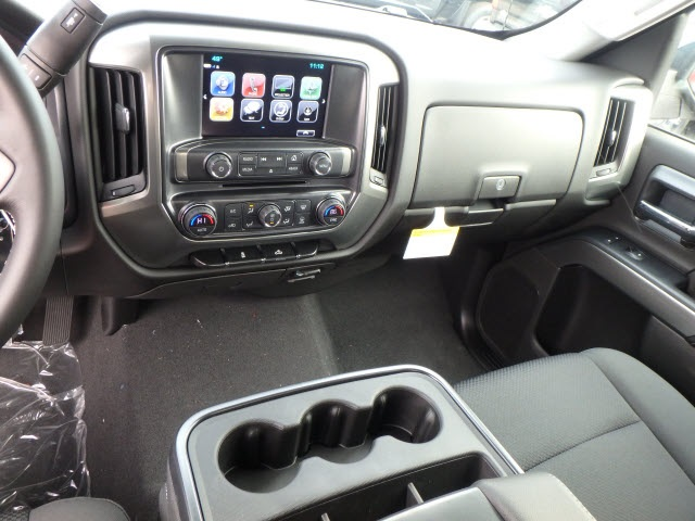 2018 Silverado 1500 Crew Cab 4x4,  Pickup #18493 - photo 17