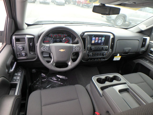 2018 Silverado 1500 Crew Cab 4x4,  Pickup #18514 - photo 10