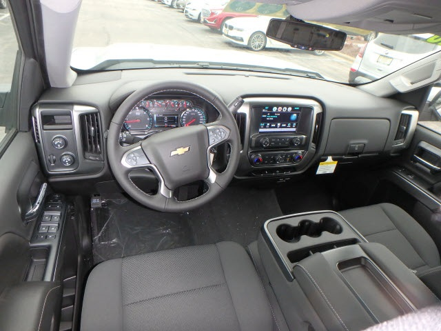 2018 Silverado 1500 Crew Cab 4x4,  Pickup #18518 - photo 10