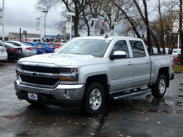 2018 Silverado 1500 Crew Cab 4x4,  Pickup #18531 - photo 5